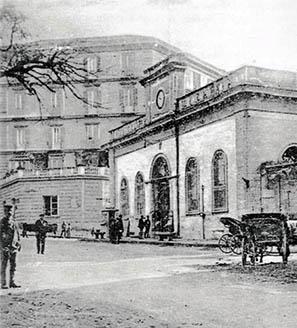 La stazione della Funicolare di Chiaia all'inizio del secolo scorso