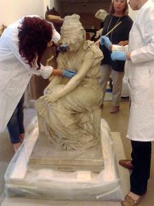 Restauro dello staff della dottoressa Giovanna Izzo