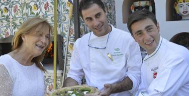 Ernesto e Livia Iaccarino con il pizzaiolo Ciro Oliva